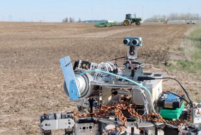 20160611-farm-robots